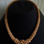 Collier perles 1960